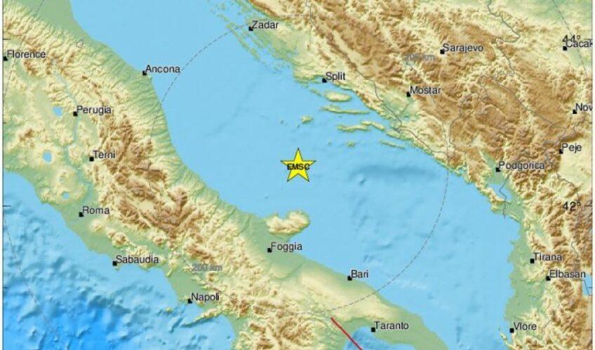 Jak potres u Jadranskom moru, osjetio se u Splitu, na Visu… Nakon njega više od 20 slabijih potresa, čak tri magnitude 4 ili više po Richteru