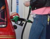 Tankao krivo gorivo pa ga pokušao istočiti iz rezervoara usisavačem!
