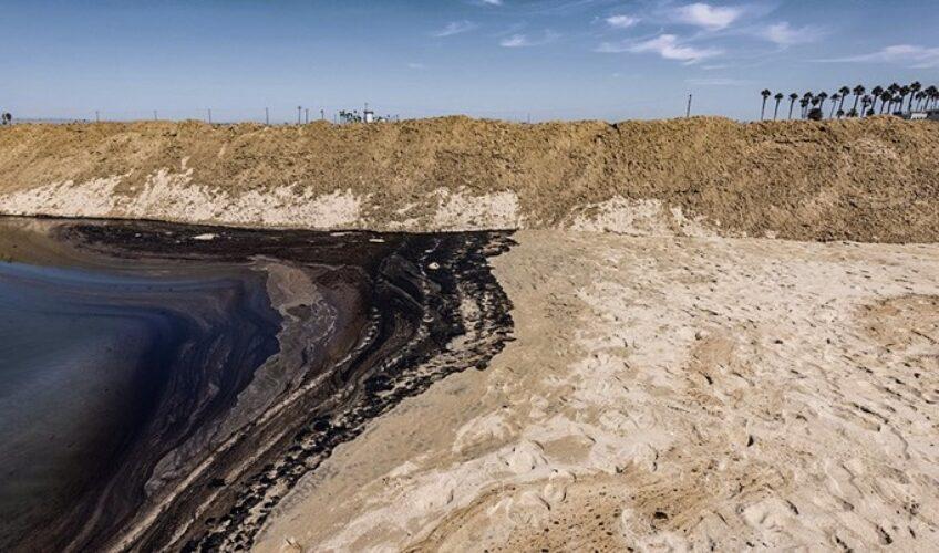 Katastrofalno curenje nafte ugrozilo milijune životinja i zatvorilo plaže Kalifornije