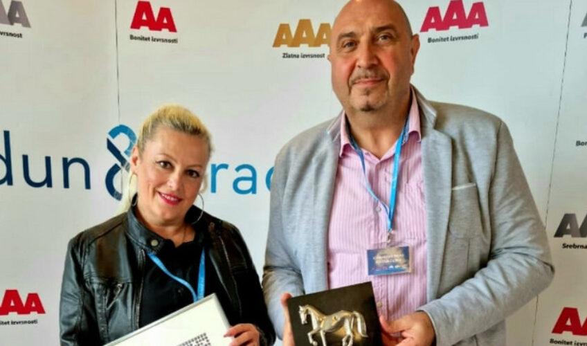 Super radio dobitnik Dun & Bradstreet platinastog certifikata izvrsnosti