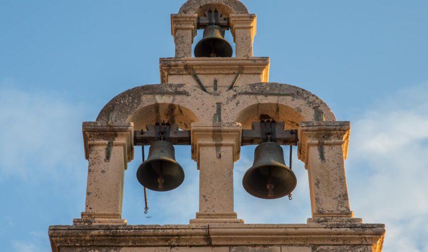 Pokrenuo peticiju protiv crkvenih zvona