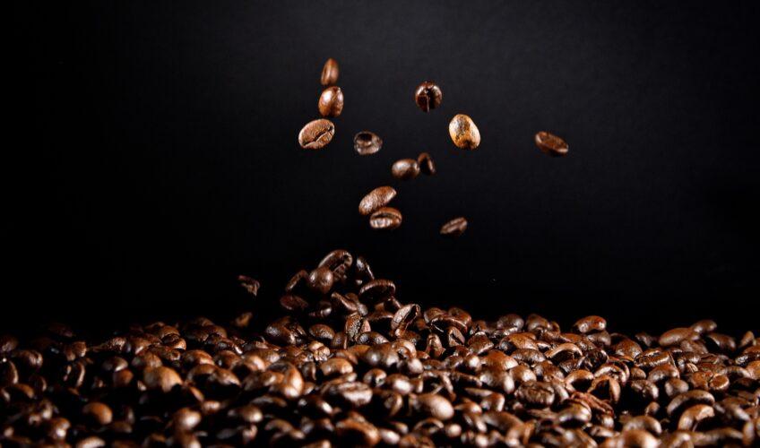 Znate li legendu o otkriću kave? Za danas omiljeni napitak su zaslužne hiperaktivne koze
